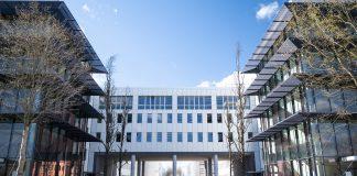 BMW abre novo centro para condução autónoma
