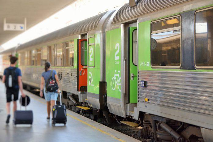 Indemnização aos passageiros aumenta por atraso nos comboios