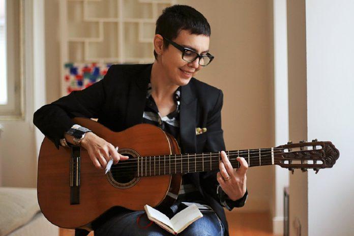 Adriana Calcanhotto ensina a escrever canções na Universidade de Coimbra