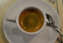 Cafeína diminui alguns efeitos negativos das dietas ricas em gordura e açúcar