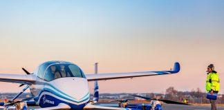 Veículo Aéreo Autónomo de Passageiros da Boeing completa primeiro voo