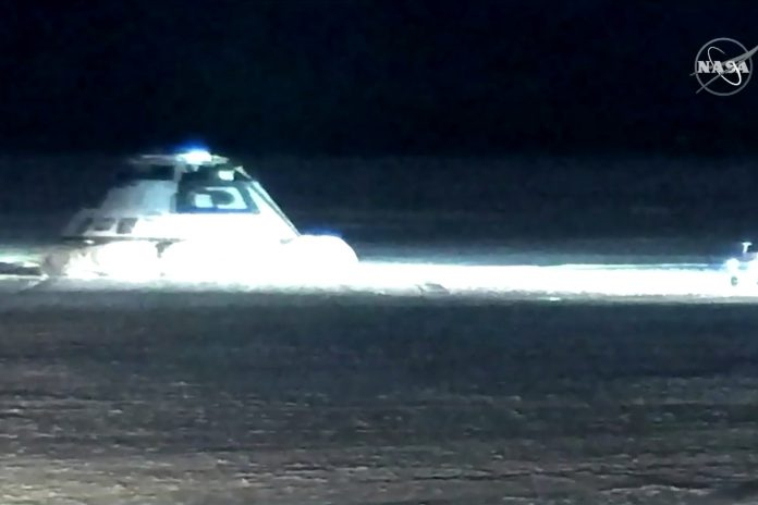Cápsula espacial Boeing CST-100 Starliner já aterrou e cumpriu testes com sucesso