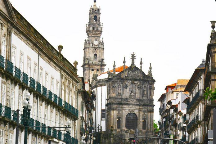 Alunos da Secundária Clara de Resende do Porto vencem concurso de ideias