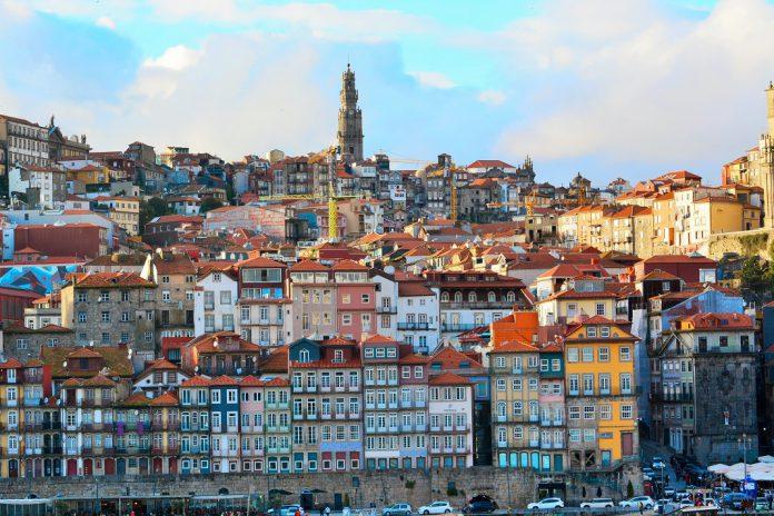 Qual o destino dos terrenos da antiga estação ferroviária da Rotunda da Boavista, no Porto?