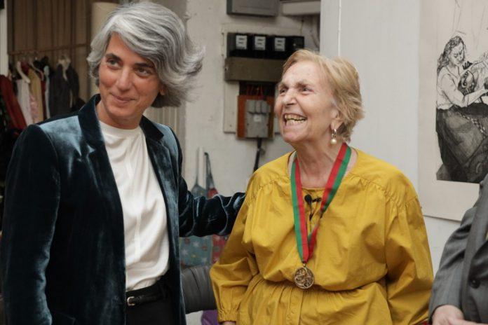 Pintora Paula Rego recebe Medalha de Mérito Cultural