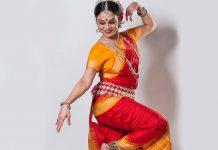 Dança indiana homenageia Gandhi, no Museu do Oriente