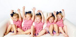 As cinco gémeas de OutDaughtered no TLC