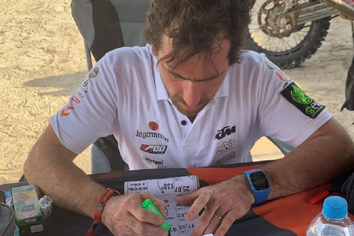 David Megre sobe cinco posições no Dakar