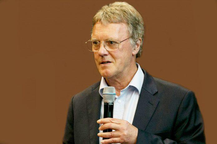Peter J. Ratcliffe prémio Nobel da Medicina com apoio da União Europeia