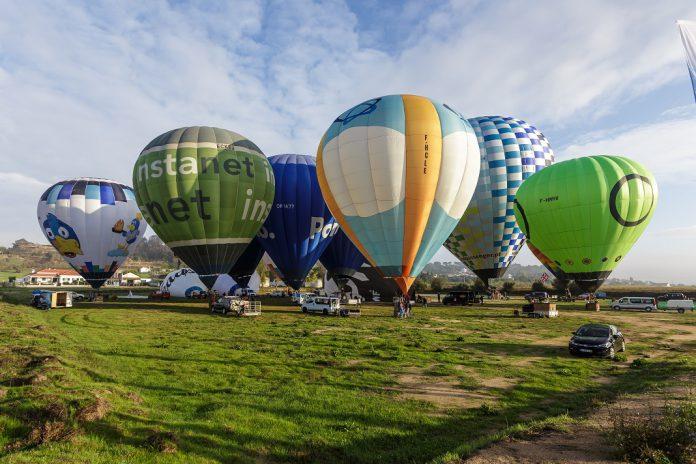 Festival de Balonismo Coruche com maior balão de ar quente comercial do mundo