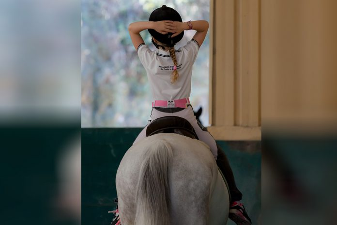 """Mundo Mágico"""" do MAR Shopping Matosinhos ajuda na terapia por cavalos"""