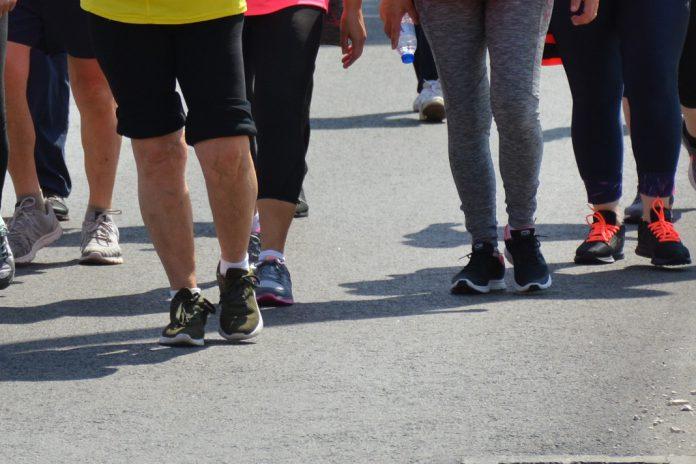 Risco de doenças cardíacas em pessoas idosas diminui com atividade física