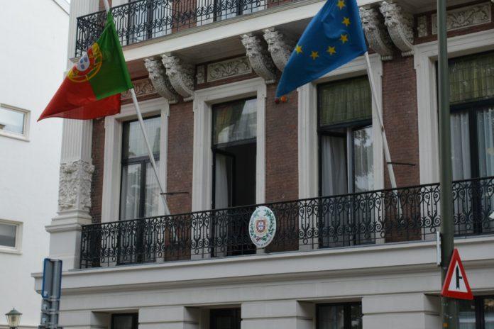 Portugal reforça apoio consular às comunidades portuguesas no Mundo