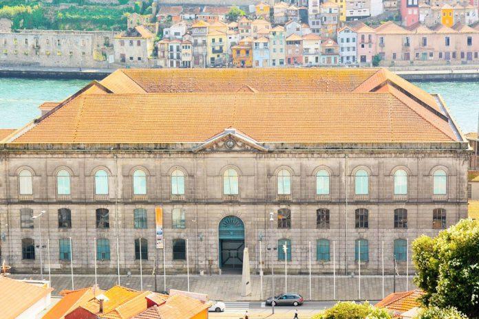 """TEDxPorto 2020 na Alfândega do Porto com o tema """"Inconvencional"""""""
