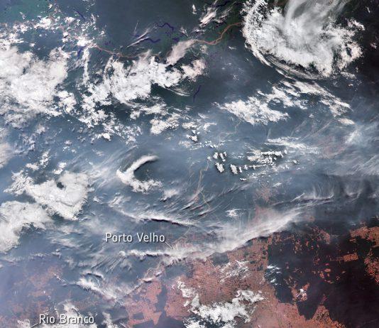 Desmatamento da Amazónia com impacto no clima local