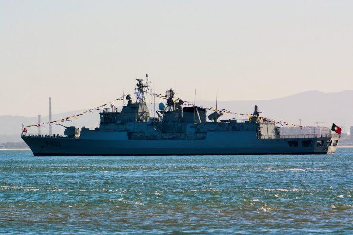 Militar da Marinha da Fragata Corte-Real ferido com gravidade