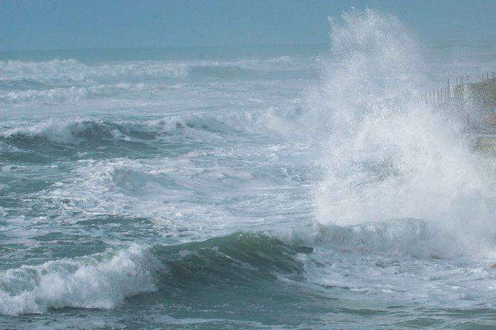 Agravamento do estado do mar entre tarde de 19 e manhã de 22 de dezembro