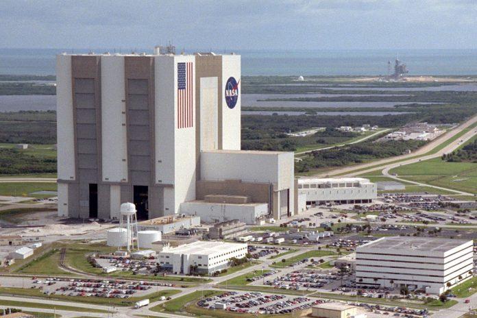 Fundação para a Ciência e a Tecnologia promove 4.ª edição do concurso para seis Bolsas de Investigação para Estágios na NASA. O concurso está a decorrer até dia 19 de dezembro 2019.