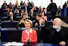Comissão de Ursula von der Leyen aprovada no Parlamento Europeu