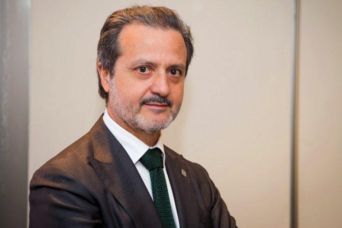 Orlando Monteiro da Silva eleito Presidente de entidade europeia de medicina dentária