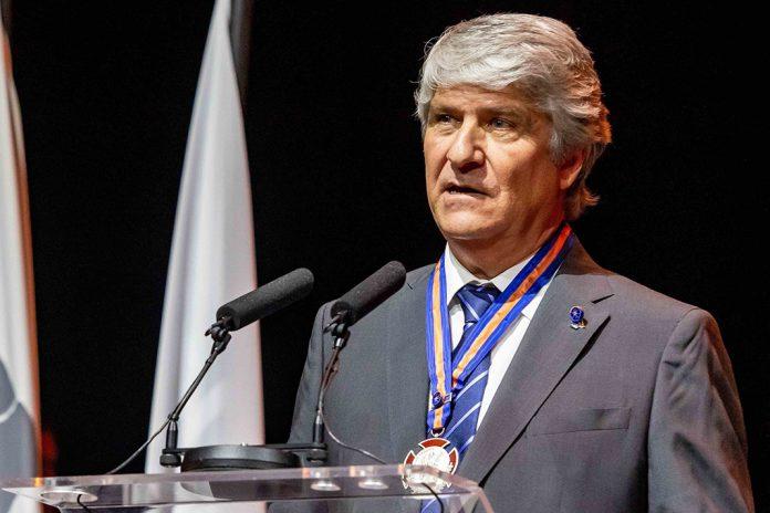 Jorge Viegas distinguido com Medalha de Honra ao Mérito Desportivo