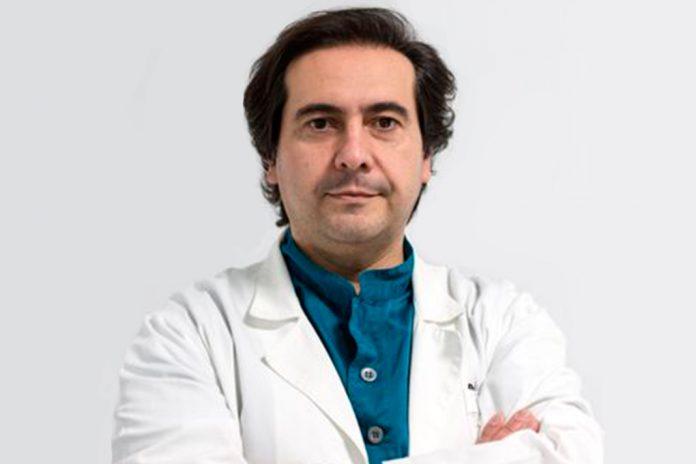 Manuel Portela, Podologista na Portela Clínica