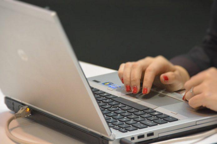 Administração Local concede 2088 estágios profissionais