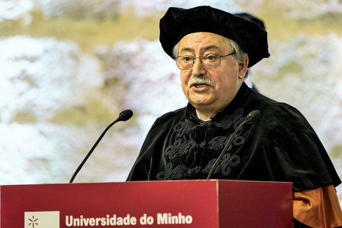 Prémio de Mérito Científico da UMinho atribuído a Leandro S. Almeida