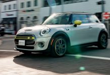 Novo MINI Cooper SE neutro em CO2