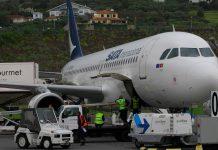 COVID-19: Passageiros que cheguem aos aeroportos dos Açores e Madeira ficam de quarentena
