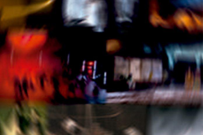 "Espetáculo ""20.20"" no Teatro Carlos Alberto celebra 20 anos da Circolando"