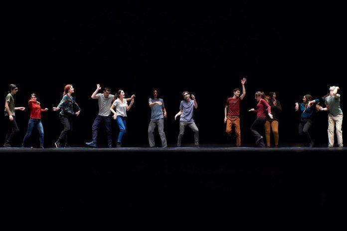 Jovens bailarinos portugueses no festival Montpellier Danse