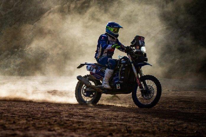 Rali Dakar: Queda danifica mota a António Maio