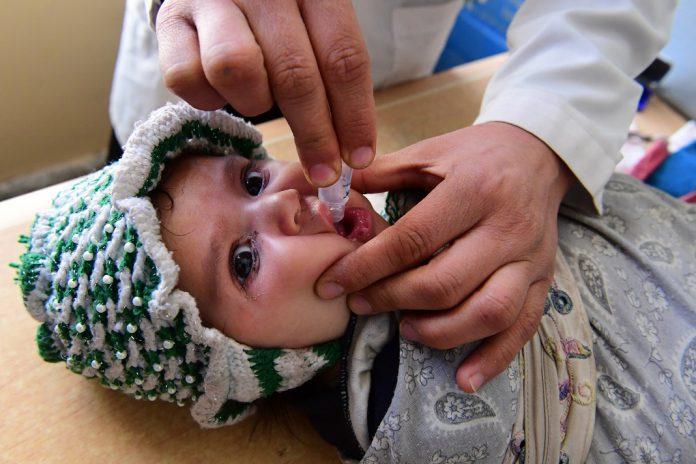 Milhões de crianças em risco devido a paragem da vacinação