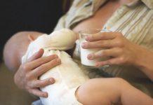 Mães que bebem leite durante amamentação diminuem risco das crianças vir a ter alergia alimentar