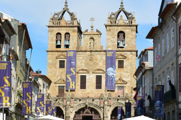 Celebrações da Páscoa em direto de vários igrejas do país