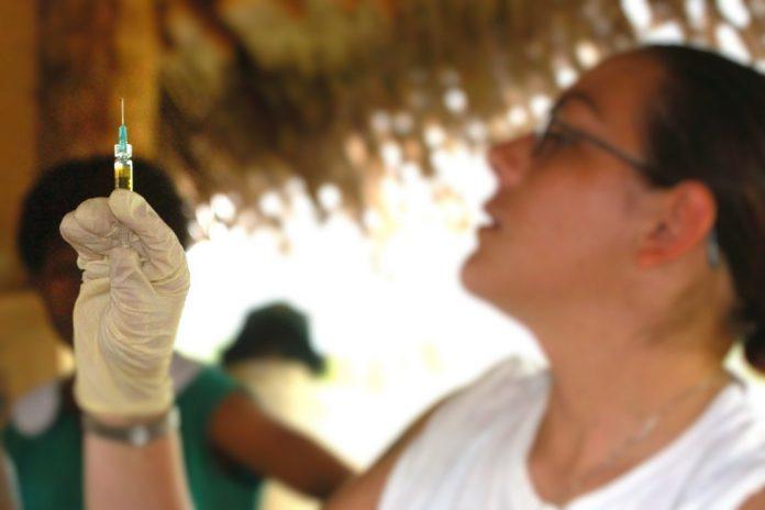 OMS alerta para imunização das crianças com vacinação contra o sarampo