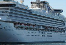 Tripulantes e passageiros do navio Diamond Princess estão de quarentena