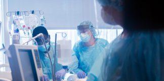 Paciente de COVID-19 submetida a transplante de pulmão duplo