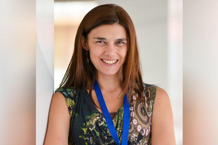 Ana Joaquim, oncologista do Centro Hospitalar de Vila Nova de Gaia/Espinho e coordenadora do programa ONCOMOVE da Associação de Investigação e Cuidados de Suporte em Oncologia