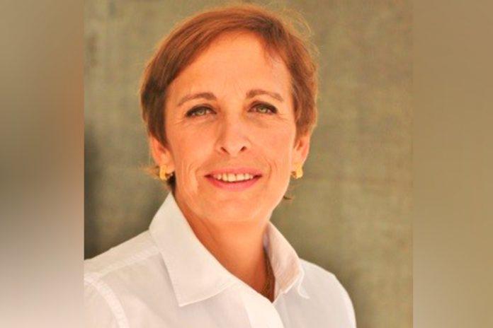 Maria Manuel Magalhães, Farmacêutica
