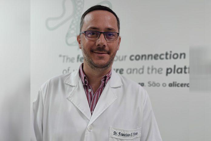 Francisco Oliveira Freitas, podologista responsável pelo Centro de Podologia de Famalicão