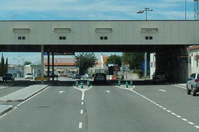 Portugueses confinam-se: proibidas deslocações para o exterior do país
