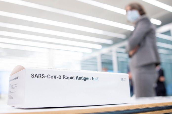 Roche com novo teste de antigénio rápido para a COVID-19
