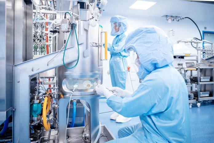 BioNTech prevê produzir em Marburg 250 milhões de vacinas COVID-19 no primeiro semestre de 2021