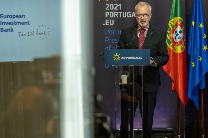 BEI anuncia, em Lisboa, investimentos de 350 M€ em energia verde e água potável em África