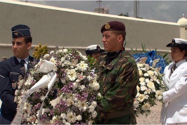 Homenagem aos soldados mortos em defesa da Nação