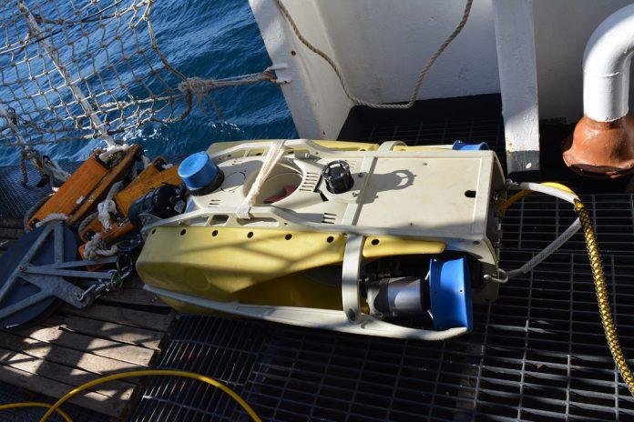 ROV, veículo subaquático em operação de recolha de imagens da embarcação de pesca afundada ao largo da costa da Figueira da Foz
