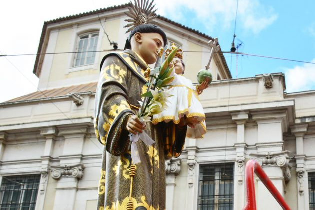 Santo António pelas ruas de Alfama